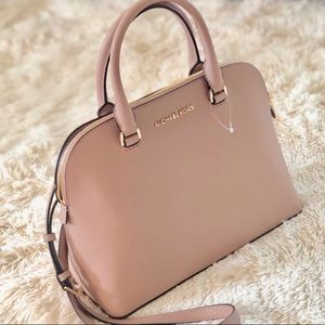 Michael kors lg large dome statchel bag